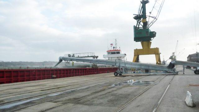 Chargement des bateaux